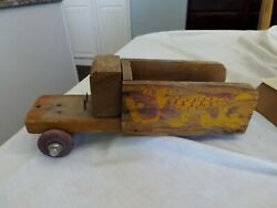 Vintage Antique Wooden Pull Toy Chicken Truck Wagon Hand Painted Display