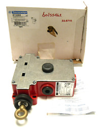 New In Box Telemecanique Xy2ce2a290h7 Emergency Stop Trip Wire Switch