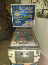 1976 Williams Space Mission Pinball Machine - As Is - Not Tested - Freight Tba