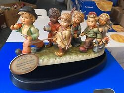 Hummel Figurine 2000 Together Umd Die World 17 5/16in 1 Choice - Incl. Top State