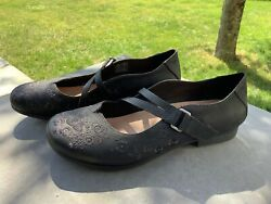 Taos Womens 10 Wish Mary Janes Shoes Floral Embroidered Leather Black