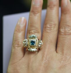 Vintage Jewellery 18k Gold Ring Natural Blue Sapphire Antique Art Deco Jewelry