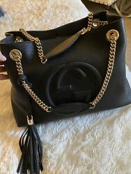[new] Authentic Pebbled Calfskin Soho Gold Chain Shoulder Bag