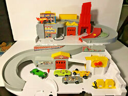 Vintage Hot Wheels Service Station Stow And Go Playset With 4 1980s Vehicles