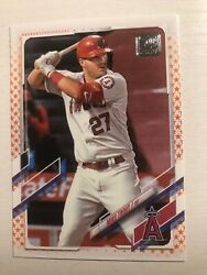 2021 Topps Orange Star Parallel /99 Mike Trout Angels 27