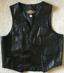 Universal Rider Mens L Leather Motorcycle Vest Black With 2 Chain Extenders