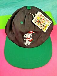 NWT PEANUTS SNOOPY Embroidered Adjustable CHRISTMAS Baseball Cap Snoopy Hat