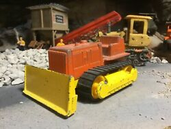 Vintage Tootsie Toy Bull Dozer With Rubber Tracks 1/43 Scale
