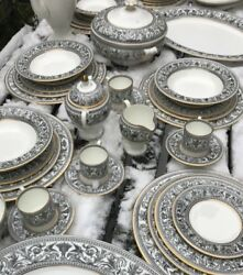 Wedgwood Florentine Black And Gold Dinner And Coffee Service For 8