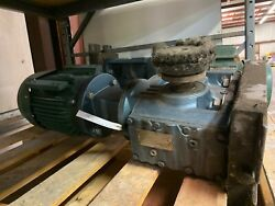 Sew-eurodrive Right Angle Gearbox S77am184 And Toshiba Motor 4