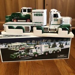 Hess Oil Company 2013 Toy Truck And Tractor Model - New In Box