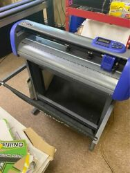 Uscutter 28and039and039 Titan 3 Professional Vinyl Cutter W/ Vinyl Master Cut Software