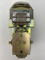 Westinghouse 1486567 Type Am Time Relay 600v Fixed Contacts Coil 440v 60cy