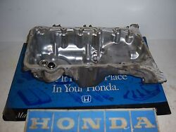 2006 Honda Civic 4dr Lx R18a1 1.8 Oil Pan With Filter Housing