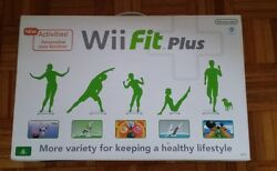 nintendo wii fit plus bundle brand new