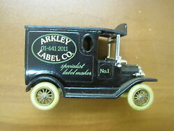lledo diecast delivery truck advertising
