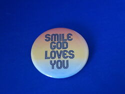 Smile God Loves You Lot Of 100 Buttons Christian Pins Pinback Badge Church Big