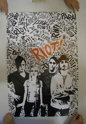 Paramore Riot Poster Group Shot Mint 24x36