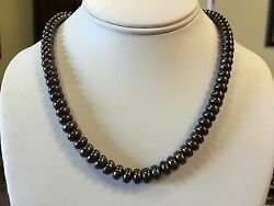 10k Yellow Gold Black Button Pearl Necklace 18