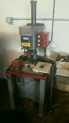 Snow Sd1 Vertical Tapping Machine W/foot Control 1/2 Hp 220 Volt 3 Phase Usa