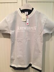VETEMENTS T-Shirt Antwerpen in White Hanes Edition Fitted Double M