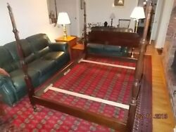 51459stickley Queen-size Post Bed Average/good Condition