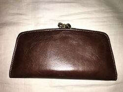 hobo international Liven wallet Rare color expressobrown hard to find and cute