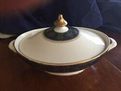 Royal Doulton Carlyle Fine China Covered Vegetable Bowl