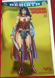 Wonder Woman 1 Rebirth Gold Foil - 2016 Nycc Convention Variant