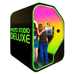 Face Place Photo Studio Deluxe Photo Booth