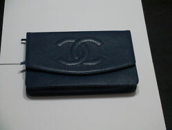 CHANEL authentic handbagpreowned mint.