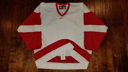 RED WINGS BU BOSTON TERRIERS BRAND NEW HOCKEY SIZE 56 GAME JERSEY Not Used Worn