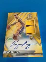 2017-18 Panini Spectra Kyle Kuzma GOLD AUTO PATCH 10 RPA RC Lakers Rookie SP