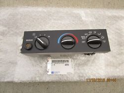 GM GMC CHEVY 15858577 ACDELCO 1573567 A/C HEATER CLIMATE TEMPERATURE CONTROL NEW