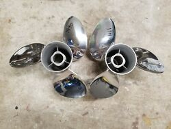New Pair 14 1/2 X 21p Evinrude Johnson Viper Ss Props Tbx 1990 And 1991
