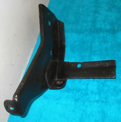1963 Ford 300 Galaxie 500 Xl Squire Orig Front Bumper Rh Inner Mounting Bracket
