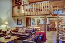 3 Nights: Ridgepoint 115: Ski-in/Ski-out Community Condo by RedAwning ~ RA43966