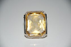18 K Yg Antique Brooch With 25x30x13 Mm Intaglio, 22 Seed Pearls And 4 Diamonds