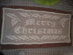 Gorgeous Filet Merry Christmas Hand Crocheted Doily New Hi-81