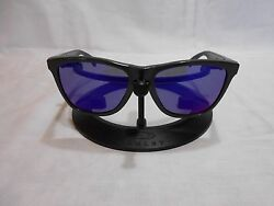 OAKLEY Frogskin Aquatique 1st Gen Sunglasses Grey Frames amp; Purple Lenses $99.99