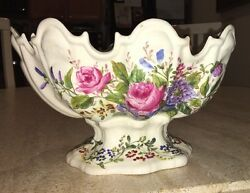 16th Century Meissen Worcester Pedestal Scalloped Edges Oval Fruit Bowl Compote