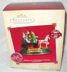 4333 Hallmark 2002 The Wizard Of Oz Horse Of A Different Color Ornament
