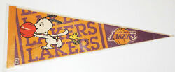 Vintage L.a. Lakers - Snoopy Peanuts Charles Schulz Promo 24 X 9 Nba Pennant