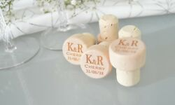 Personalised Stopper Wooden Bottle Laser Engraved Party Favours Wine Topper Cork