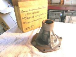 Nos 1946-49 Gm Chevrolet Retainer Transmission Rear Housing 8608768 46 47 48