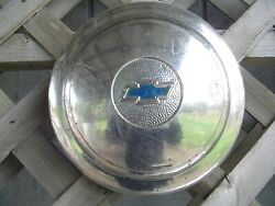 One Vintage 1936 Chevrolet Chevy Coupe Sedan Master Deluxe Wheel Cover Hubcap