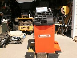 Accu-turn Wheel Balancer With Truck Adapter Cones  Price Reduced