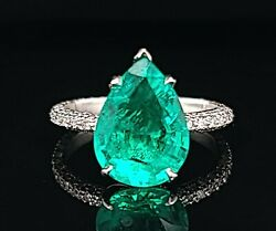 3.35 Carat Gem Colombia Green Emerald 18k White Gold Ring