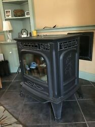 Harman XXV Pellet Stove Used 2007 Model, very good condition.