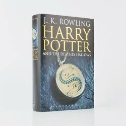 J. K. Rowling Harry Potter And The Deathly Hallows - First Edition - Signed